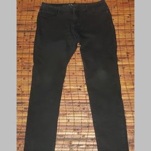 Ladies YMI skinny leg stretch jeans soft black EUC